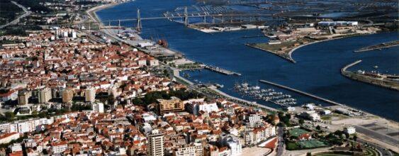 Small and Medium-Sized Urban Area: the Future of Europe?